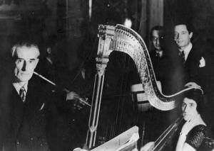 Maurice_Ravel_&_Lily_Laskine_1935